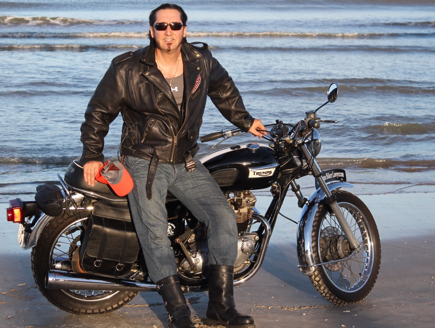 Steve on his '76 Bonny at Daytona Beach. He's owned this bike for over 35 years.
